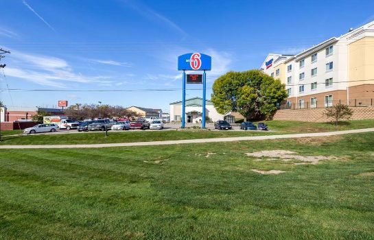 Exterior view MOTEL 6 CEDAR RAPIDS AIRPORT