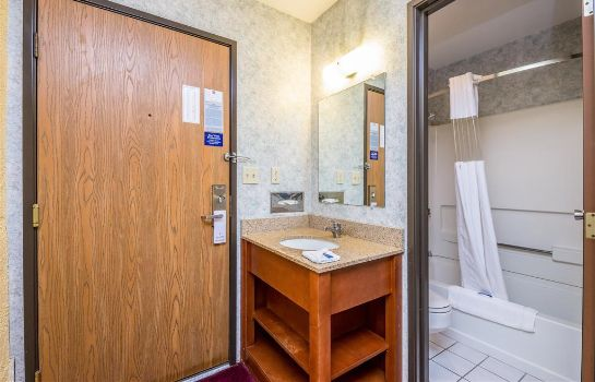 Room MOTEL 6 CEDAR RAPIDS AIRPORT