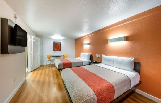 Kamers Motel 6 Dallas - Farmers Branch