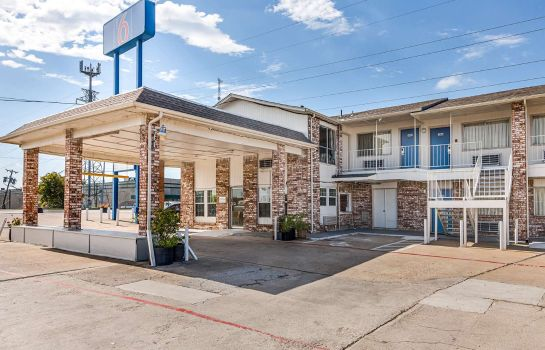 Vista exterior MOTEL 6 FORT WORTH - NORTHSIDE