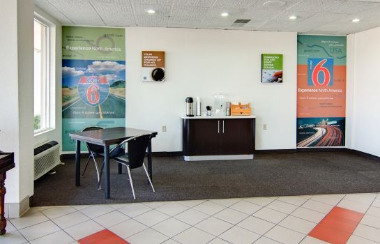 Lobby MOTEL 6 MOUNT PLEASANT TX