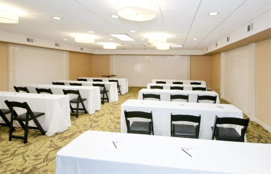 Sala konferencyjna Inn at the Peachtrees Ascend Hotel Colle