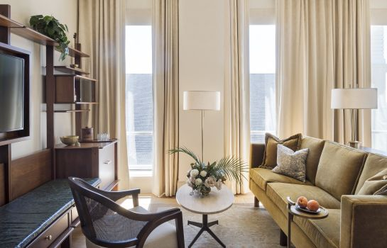 Suite The Dewberry Charleston Preferred LVX Collection