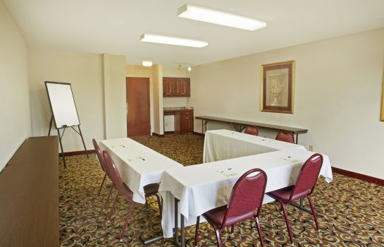 Conference room Quality Inn & Suites Dawsonville