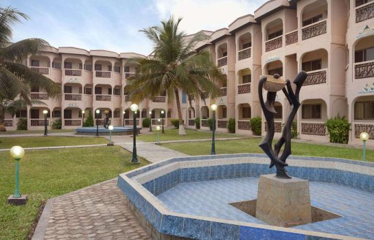 Exterior view RAMADA RESORT ACCRA COCO BEACH