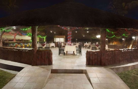 Restaurant RAMADA RESORT ACCRA COCO BEACH