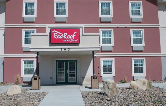 Exterior view Red Roof Suites Dickinson