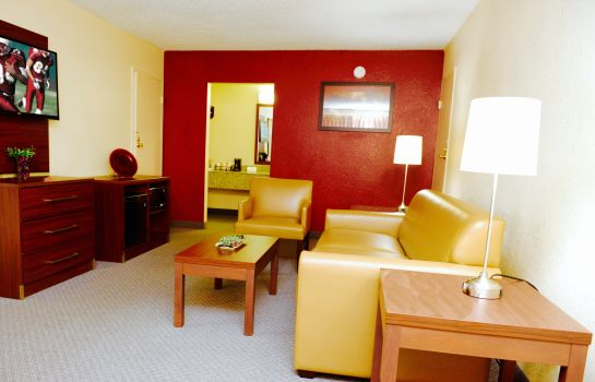 Suite Red Roof Inn and Suites Commerce - Athens