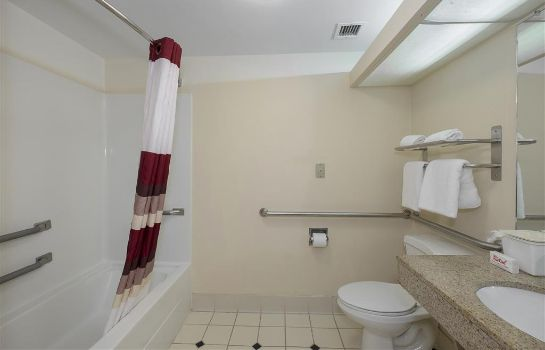 Room Red Roof Suites Newnan