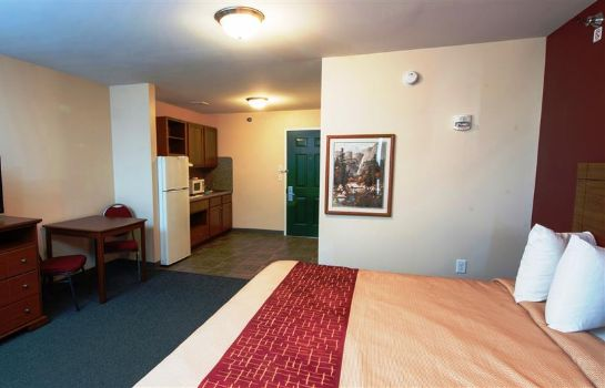 Suite Red Roof Suites Dickinson