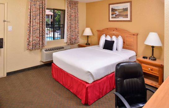 Zimmer RED LION INN AND SUITES TUCSON FOOTHILLS