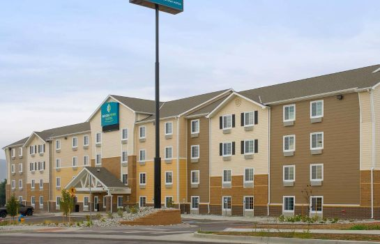Vista exterior WOODSPRING SUITES COLORADO SPR