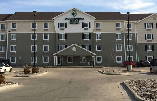 Exterior view WOODSPRING SUITES DICKINSON