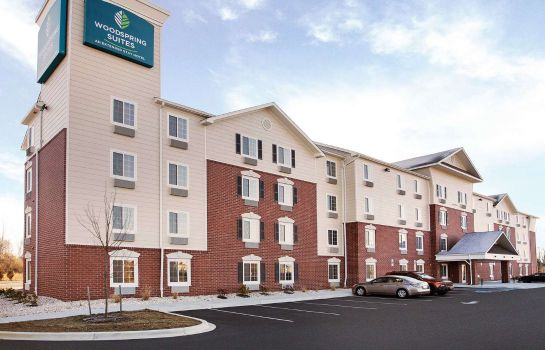 Exterior view WOODSPRING SUITES FREDERICK