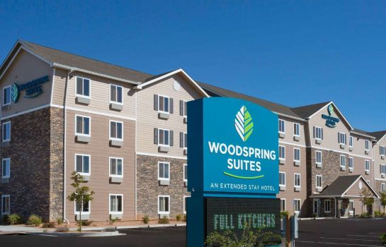 Exterior view WOODSPRING SUITES GRAND