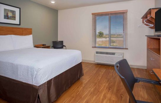 Room WOODSPRING SUITES GRAND