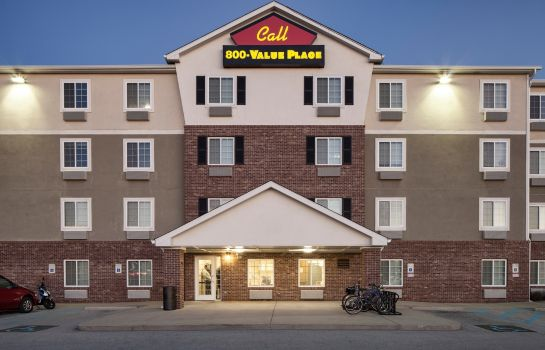 Exterior view WOODSPRING SUITES INDIANAPOLIS