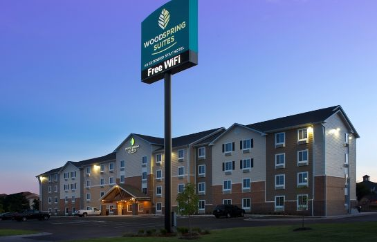 Exterior view WOODSPRING SUITES OKLAHOMA CIT