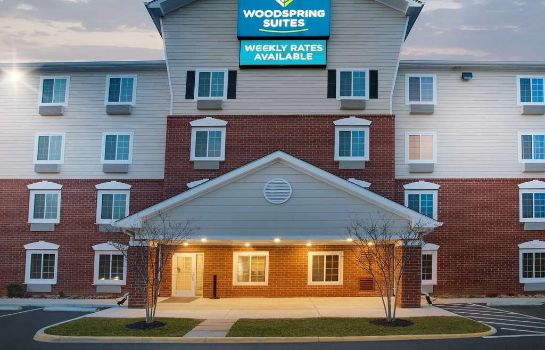 Exterior view WOODSPRING SUITES FREDERICKSBU