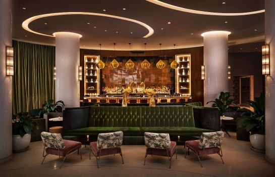 Hotel-Bar Nautilus by Arlo