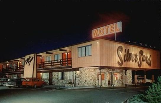Exterior view SILVER SANDS MOTEL 101