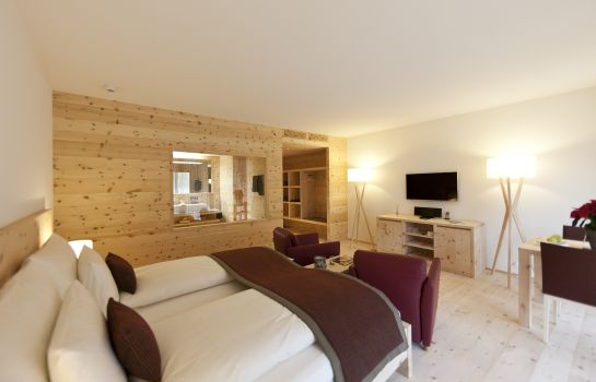 Junior Suite In Lain Hotel Cadonau