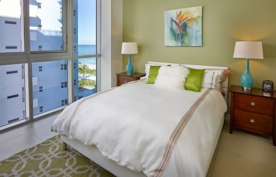Room CHURCHILL SUITES MONTE CARLO MIAMI BEACH