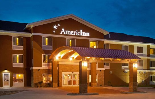 Exterior view AmericInn by Wyndham Fairfield
