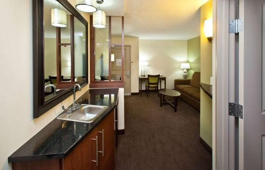 Suite AmericInn Fairfield