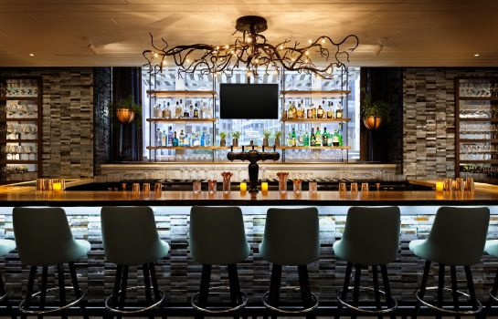 Bar del hotel Ames Boston Hotel Curio Collection by Hilton