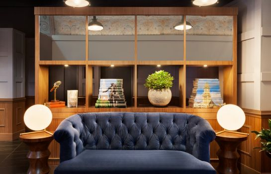 Hol hotelowy Ames Boston Hotel Curio Collection by Hilton