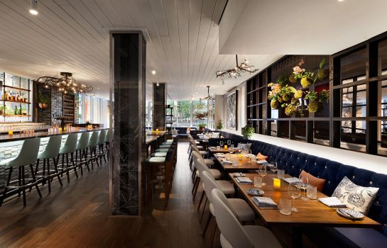 Restaurant Ames Boston Hotel Curio Collection by Hilton