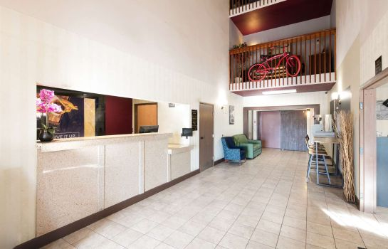 Hotelhal LEXINGTON INN AND SUITES
