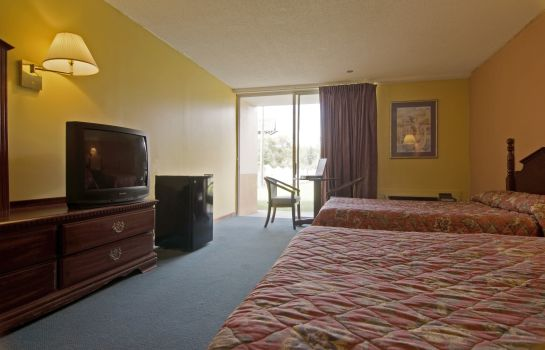 Zimmer AMERICAS BEST VALUE INN DILLON