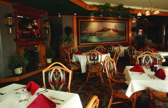 Restaurant Fulton Steamboat Inn