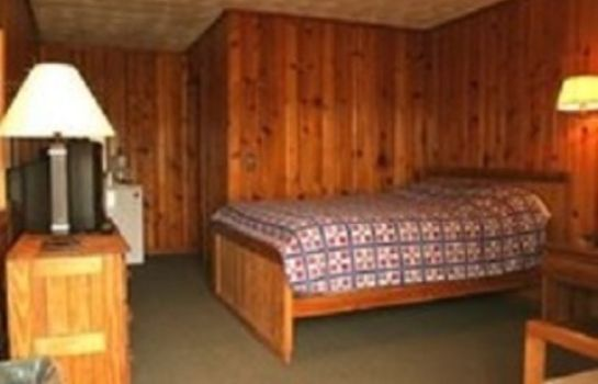 Room LOST RIVER GRILL MOTEL