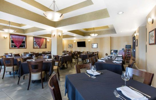 Ristorante an Ascend Hotel Collection Member The Oaks Hotel & Suites