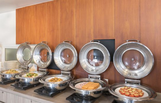 Breakfast buffet Travelodge Pattaya