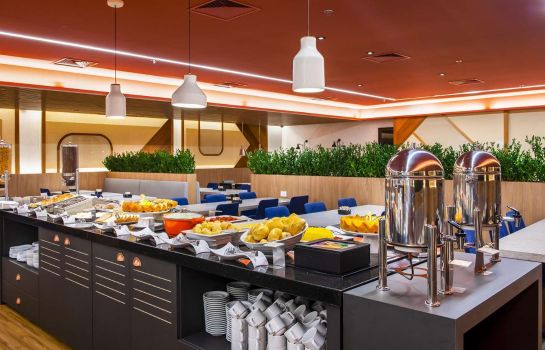 Restaurant Hampton by Hilton Guarulhos Airport