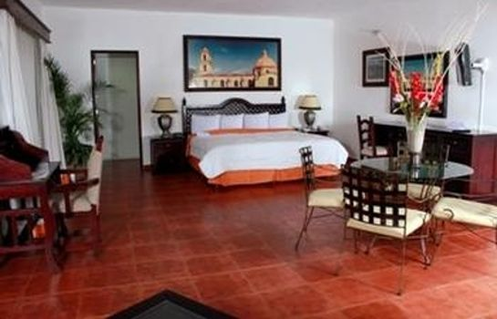 Suite CASA REAL HOTEL AND SUITES