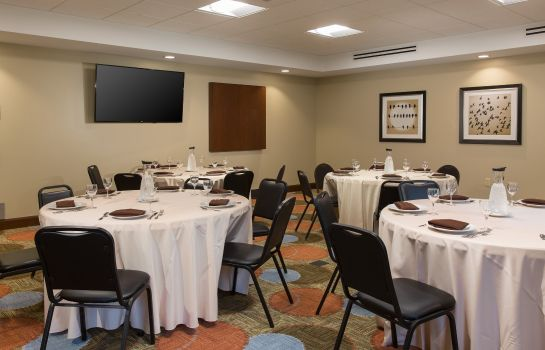 Sala de reuniones Staybridge Suites CORONA SOUTH
