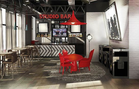 Bar del hotel ibis Styles London Ealing (Opening May 2018)