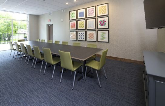 Conference room Holiday Inn Express & Suites ALPENA - DOWNTOWN