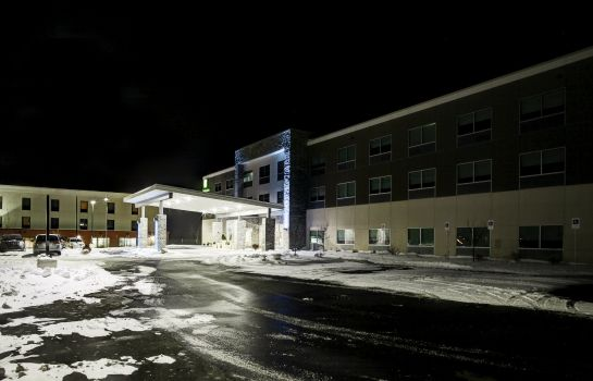 Vista exterior Holiday Inn Express & Suites COLDWATER