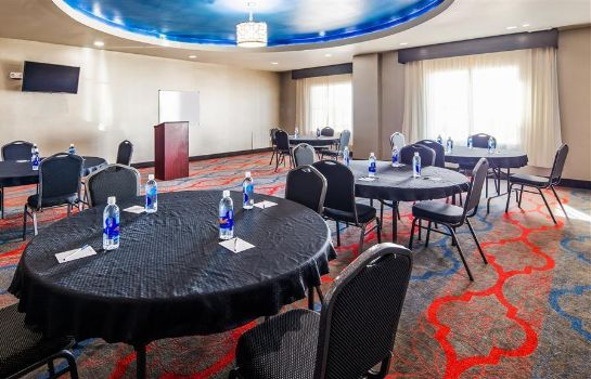 Sala de reuniones Best Western Plus Tech Medical Center Inn