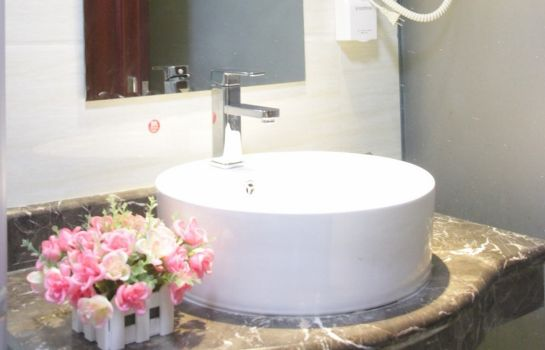 Cuarto de baño GreenTree Inn Laoyangguan Economy School Business Hotel (Domestic only)