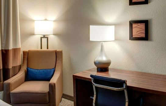 Zimmer Comfort Inn and Suites Caldwell