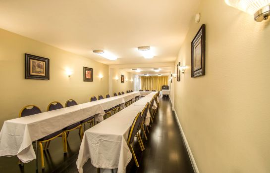 Tagungsraum Quality Inn Davenport - Maingate South