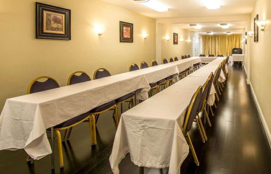 Sala de reuniones Quality Inn Davenport - Maingate South