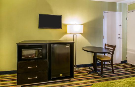 Kamers Quality Inn Davenport - Maingate South